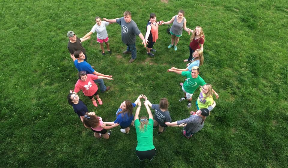 Human Clover for team building